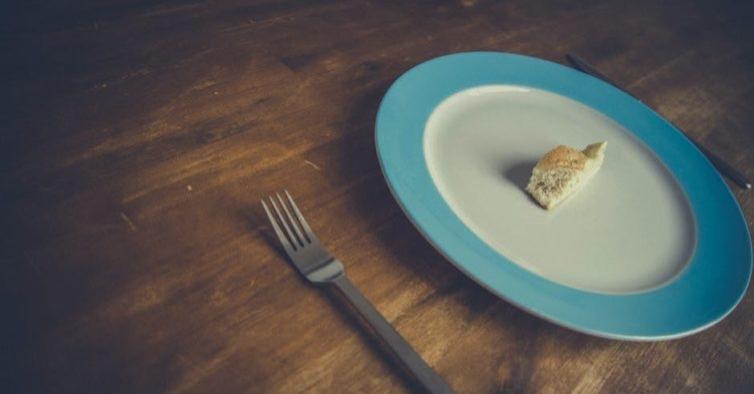 Jejum intermitente é eficaz para perder massa gorda e aumentar rendimento físico