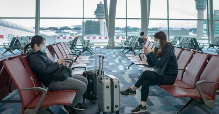 Heathrow testa passaporte digital com todos os dados para cortar filas nos aeroportos