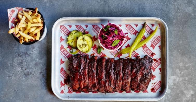 Os pecaminosos petiscos americanos de Jamie Oliver vão até sua casa