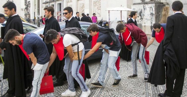 Praxes em Lisboa também estão proibidas — em Coimbra avançam com restrições