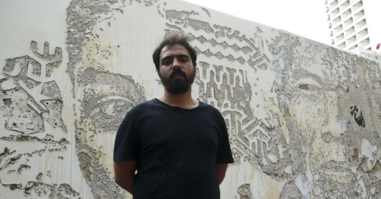A nova exposição de Vhils em Paris vai refletir sobre o confinamento