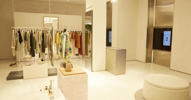 O colete da Zara que está esgotadíssimo em Espanha ainda tem unidades em Portugal