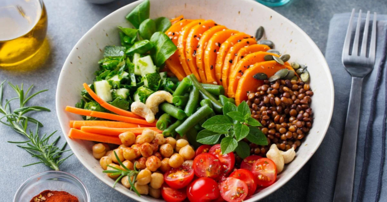 Há um menu feito por chefs portugueses para celebrar o vegetarianismo sem sair de casa