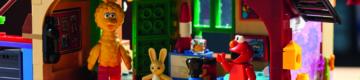 """Está a chegar o LEGO da """"Rua Sésamo"""" com o Poupas, o Becas e o Egas"""