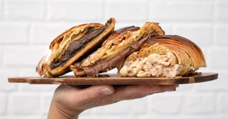 Os novos cafés em Lisboa para comer croissants acabados de sair do forno