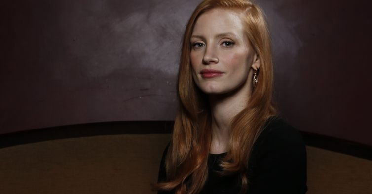 """Scenes From a Marriage"": Jessica Chastain faz par com Oscar Isaac na nova série da HBO"