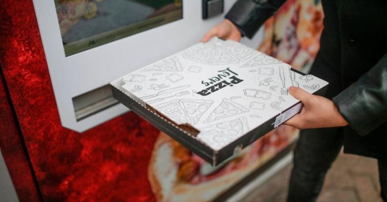 Esta pizzaria criou uma vending machine com pizzas que ficam prontas em 3 minutos