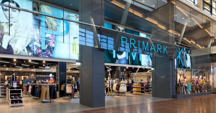 A nova camisola desportiva da Primark que vai querer usar com jeans (custa 14€)