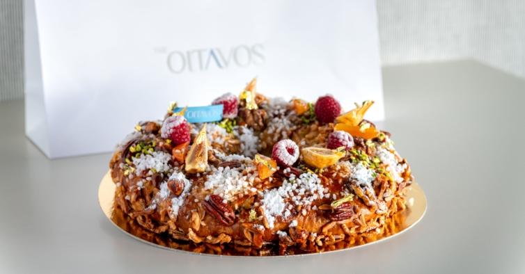 """O chef português do doce viral de """"MasterChef"""" criou um bolo-rainha com ouro"""