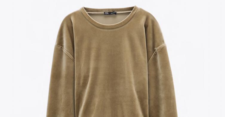 Sweatshirt de veludo, Zara (12,95€)