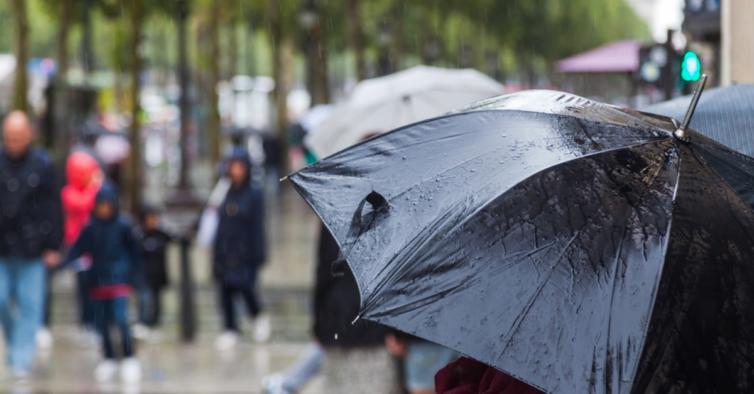 Depressão Hortense chega a Portugal com agitação marítima, vento e chuva forte