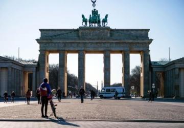 Testes rápidos à venda nos supermercados alemães esgotam em 12 minutos