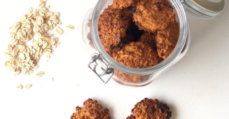 Bolachas de coco e aveia