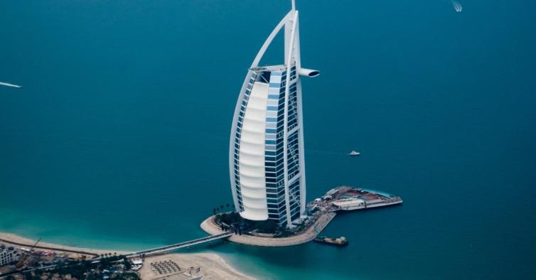 Esta viagem incrível para o Dubai custa 475€ com hotel e pequeno-almoço