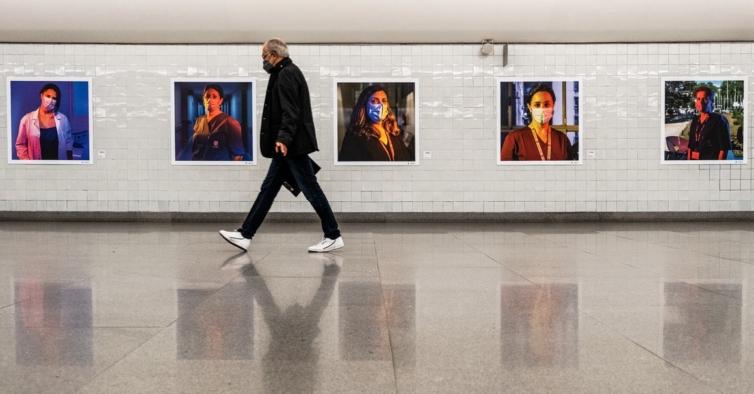 Metro do Porto lança exposição de homenagem aos profissionais do Hospital S. João