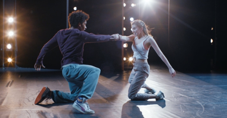 """""""Into the Beat"""": o novo filme de dança da Netflix que está a conquistar os portugueses"""
