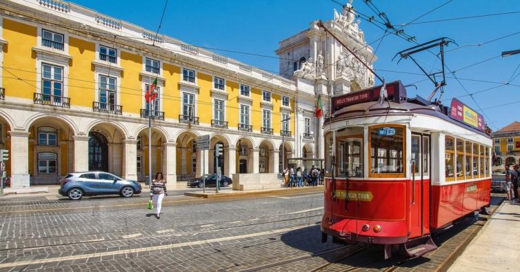 Portugal com mais 408 infetados e 5 mortes pelo novo coronavírus