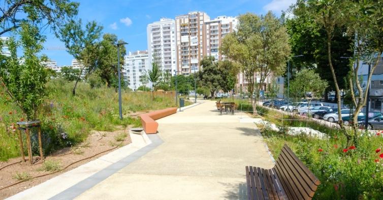 Lisboa tem um novo jardim com equipamento de fitness e um parque canino