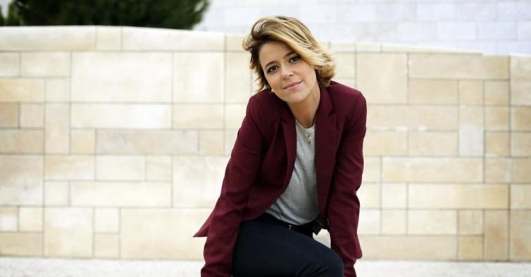 Leonor Poeiras acusa psicanalista de assédio sexual e moral