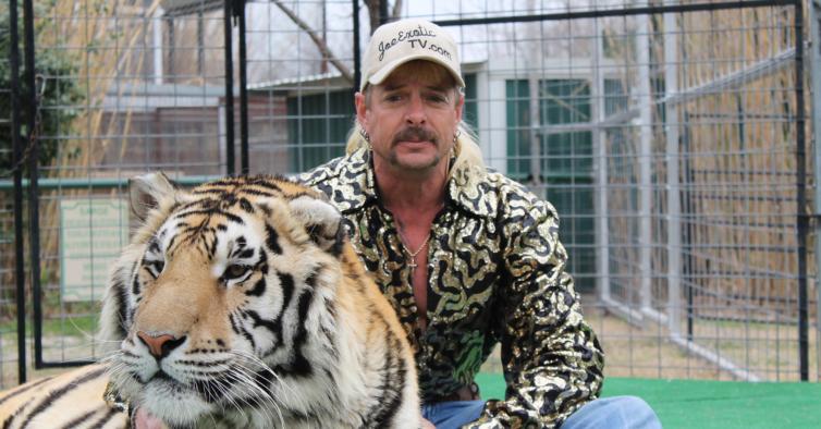 Tiger King diz que tem cancro e exige sair da prisão para ser tratado