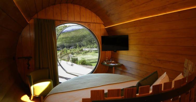 O interior das Wine Barrels