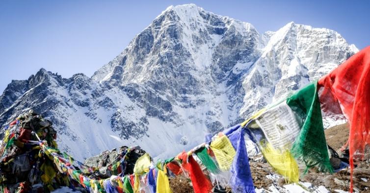 A Covid-19 chegou ao Evereste — há surtos no acampamento base