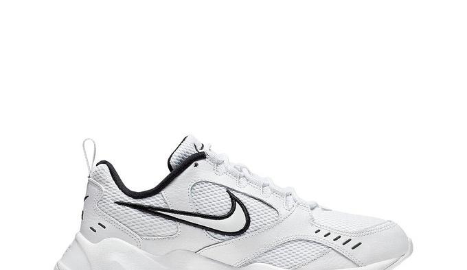 Air Heights, Nike (56,99€)