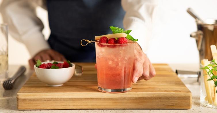 Raspberry Guava Mojito