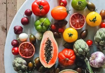O super fruto que tem de ter em casa no verão (até as sementes se aproveitam)