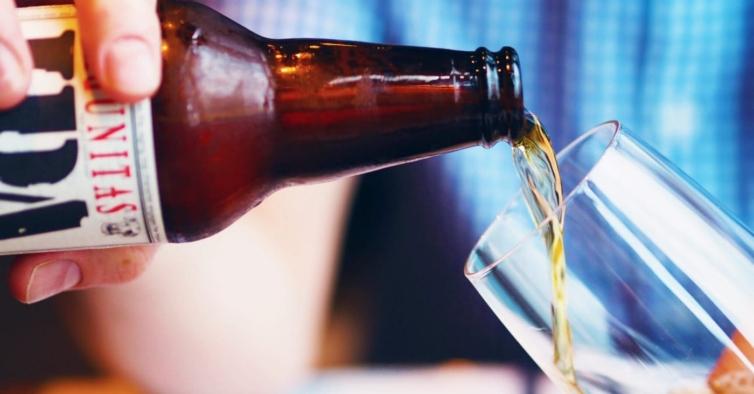 Esta semana há cervejas grátis em cafés e bares de todo o País
