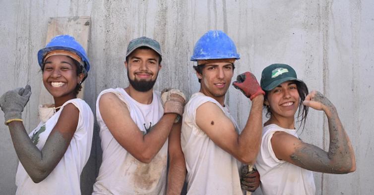 Camp In: mais de 350 voluntários vão recuperar casas durante o verão