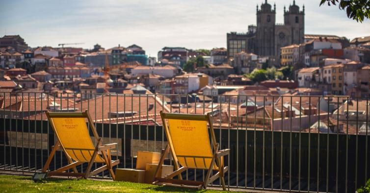 Rooftop Flores (Porto)