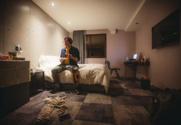 Estudo revela que quarentenas nos quartos de hotel preveniram milhares de infeções