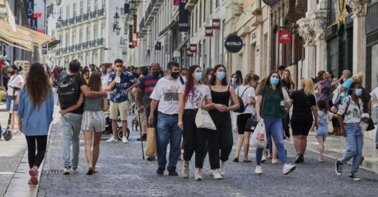 Portugal já tem 8,13 milhões de pessoas com a vacinação completa