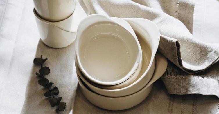 Esta marca portuguesa vende cerâmicas únicas, produzidas à mão num pequeno atelier