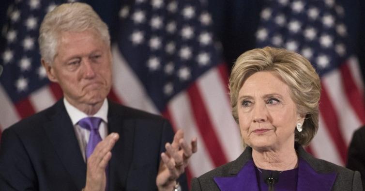Como Hillary foi traída — e mesmo assim salvou a presidência de Bill Clinton