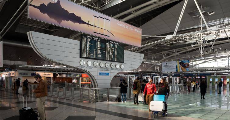 Há cada vez mais movimento nos aeroportos portugueses
