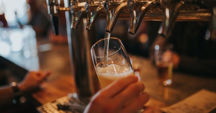 Até ao final de outubro, há happy hour de cerveja em Braga